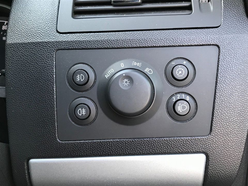2010 Vauxhall Zafira 1.9 CDTi Active 5dr - Picture 26 of 34