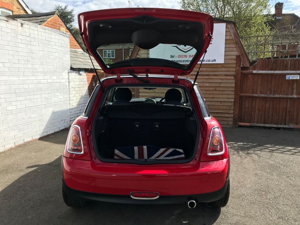 2007 MINI Hatch 1.6 Cooper 3dr - Picture 10 of 30