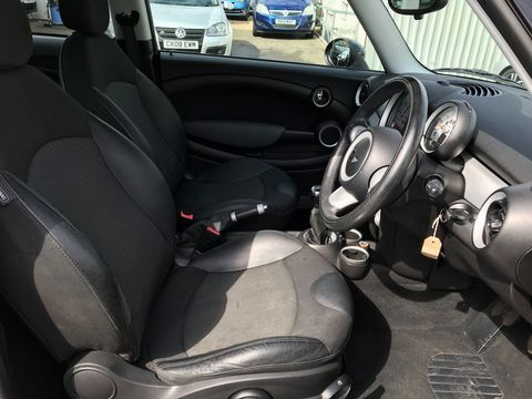 2007 MINI Hatch 1.6 Cooper 3dr - Picture 15 of 30