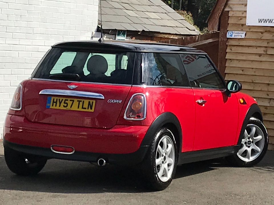 2007 MINI Hatch 1.6 Cooper 3dr - Picture 9 of 30