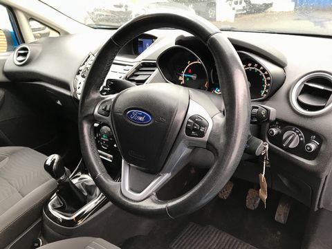 2013 Ford Fiesta 1.5 TDCi Titanium 5dr - Picture 10 of 28