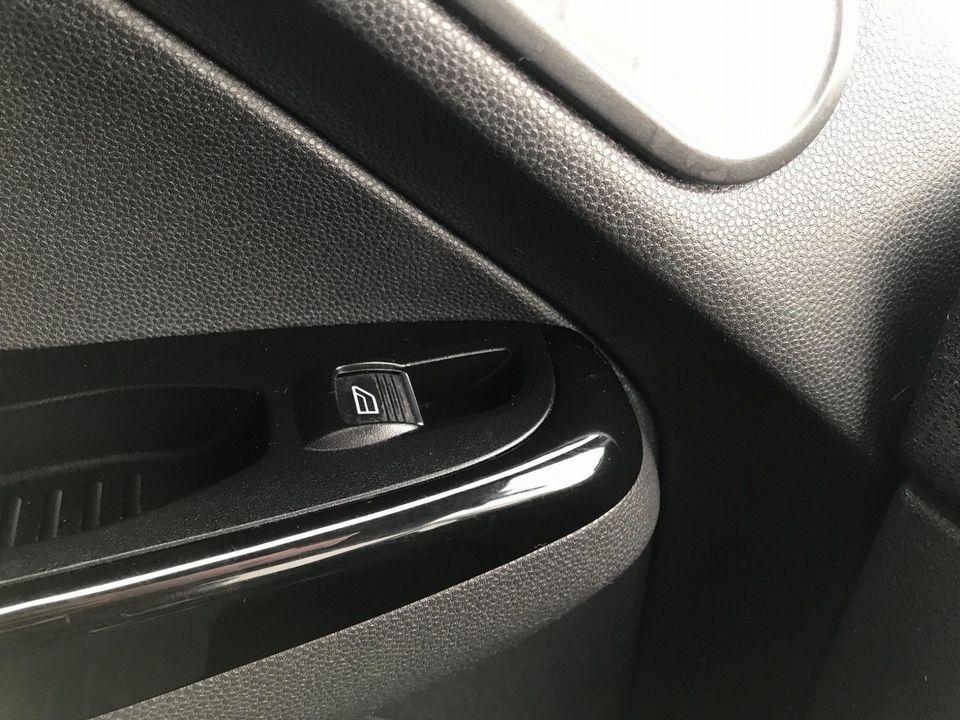 2013 Ford Fiesta 1.5 TDCi Titanium 5dr - Picture 24 of 28