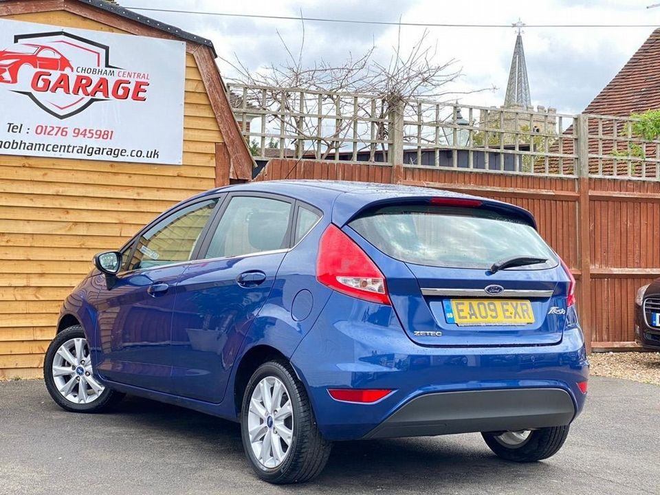 2009 Ford Fiesta 1.25 Zetec 5dr - Picture 10 of 28