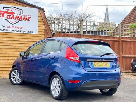 2009 Ford Fiesta 1.25 Zetec 5dr - Picture 10 of 36