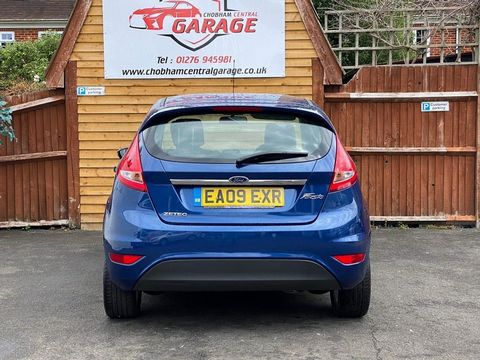 2009 Ford Fiesta 1.25 Zetec 5dr - Picture 11 of 36
