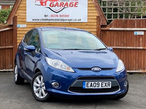 2009 Ford Fiesta 1.25 Zetec 5dr - Picture 1 of 36