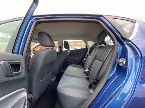 2009 Ford Fiesta 1.25 Zetec 5dr - Picture 22 of 36