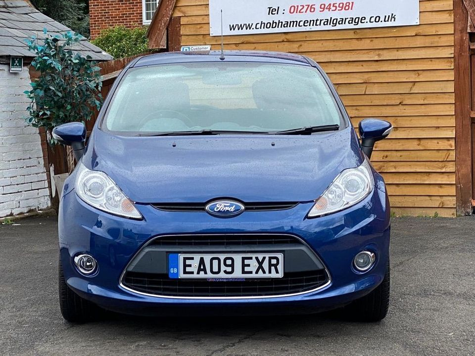 2009 Ford Fiesta 1.25 Zetec 5dr - Picture 4 of 36