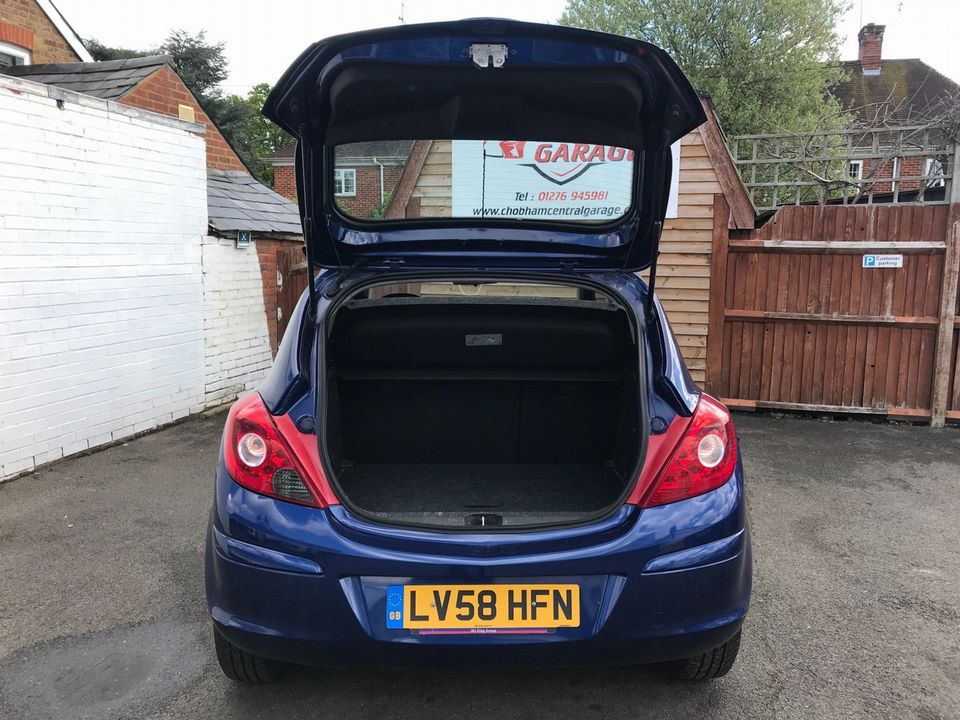 2008 Vauxhall Corsa 1.4 i 16v Club 3dr - Picture 10 of 22