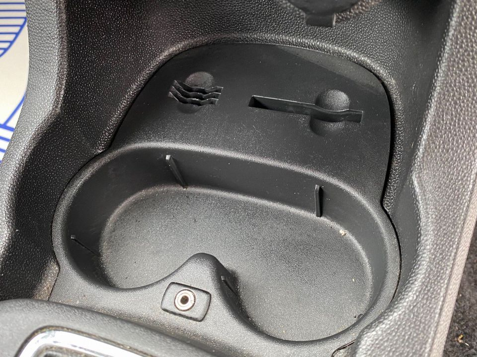2008 Vauxhall Corsa 1.4 i 16v Club 3dr - Picture 25 of 35