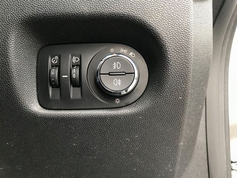 2010 Vauxhall Corsa 1.2 i 16v Energy 3dr (a/c) - Picture 28 of 31