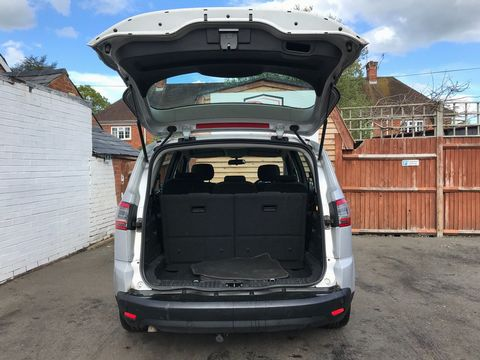 2012 Ford S-Max 2.0 TDCi Zetec Powershift 5dr - Picture 10 of 29