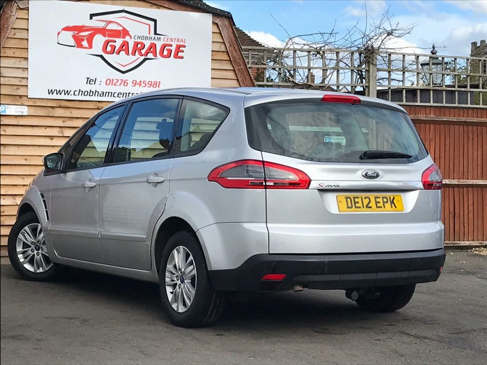 2012 Ford S-Max 2.0 TDCi Zetec Powershift 5dr - Picture 9 of 29