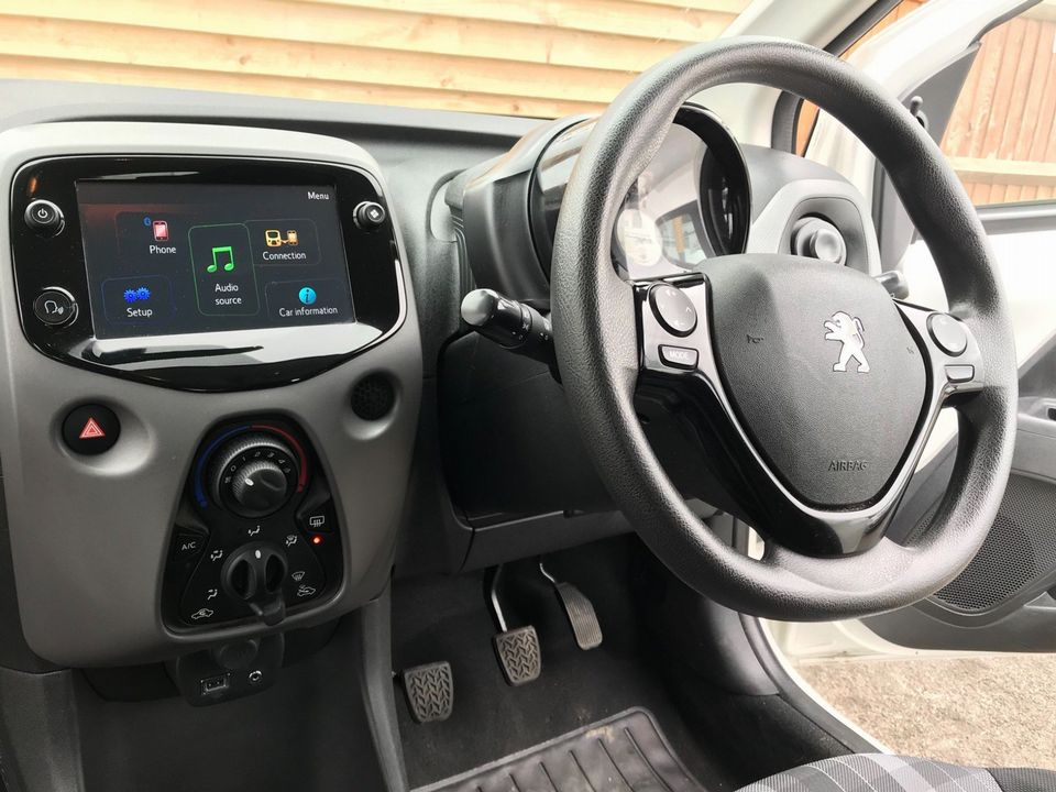 2018 Peugeot 108 1.0 Active 5dr - Picture 10 of 33