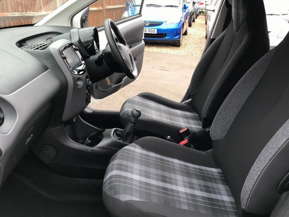 2018 Peugeot 108 1.0 Active 5dr - Picture 11 of 33