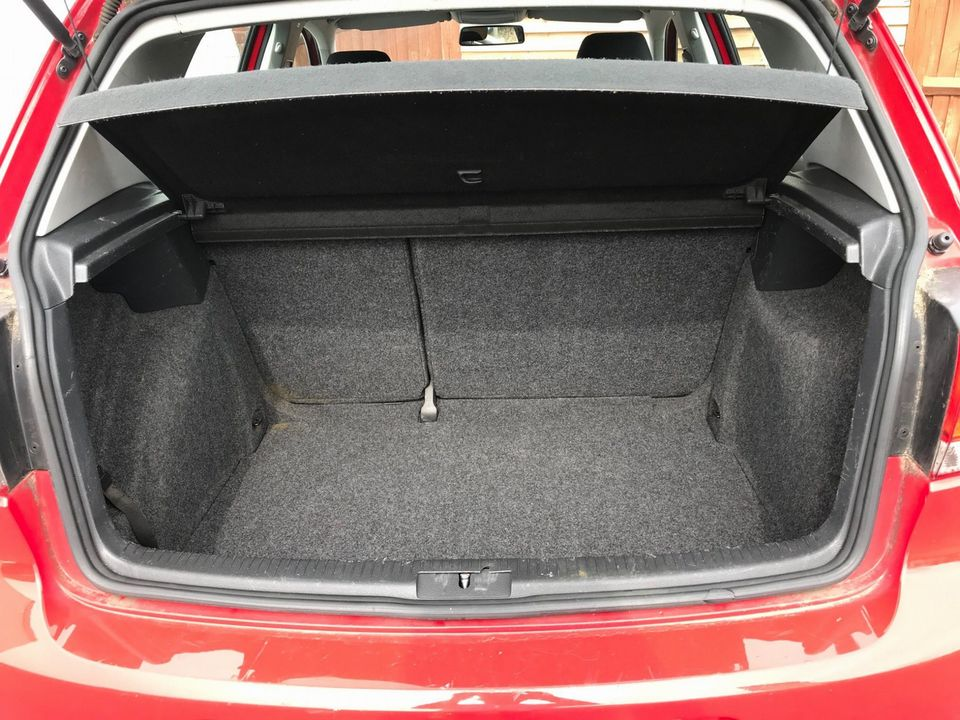 2009 Volkswagen Golf 1.6 TDI S 5dr - Picture 11 of 30