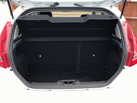 2012 Ford Fiesta 1.25 Zetec 3dr - Picture 10 of 34