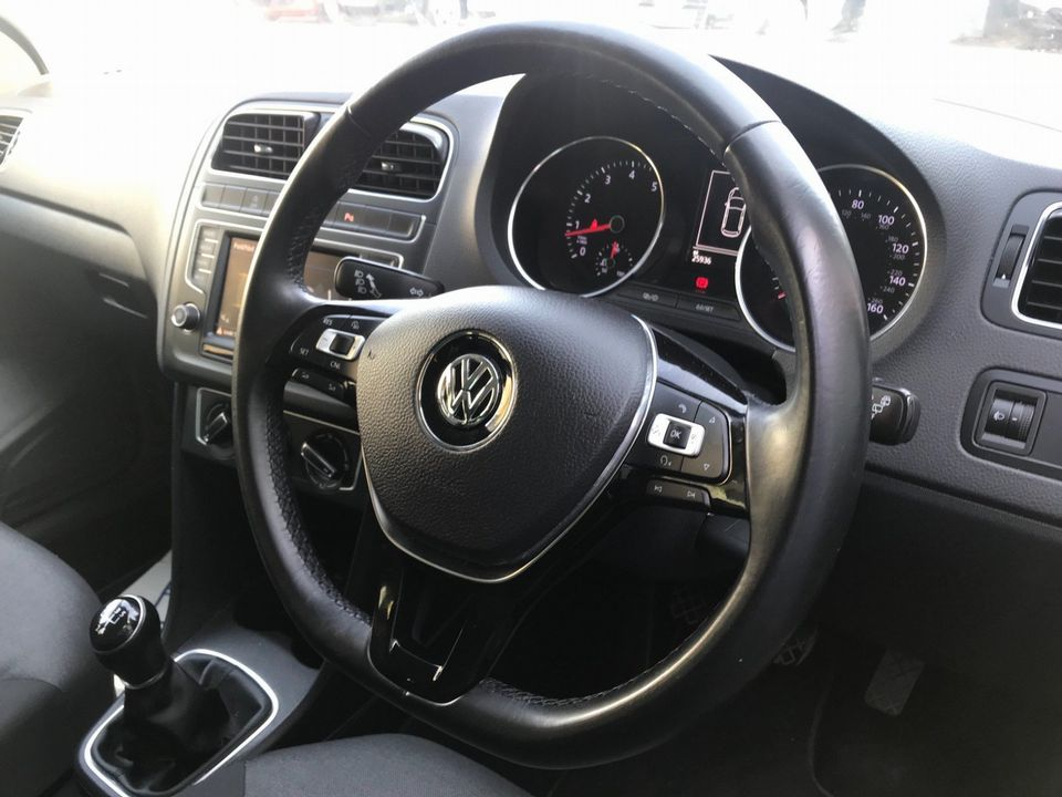 2016 Volkswagen Polo 1.2 TSI BlueMotion Tech Match (s/s) 5dr - Picture 12 of 39
