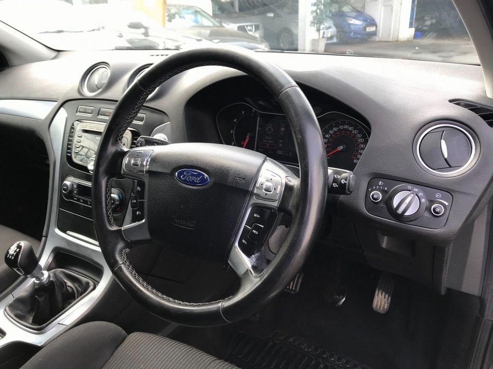 2012 Ford Mondeo 2.0 TDCi Titanium 5dr - Picture 12 of 34