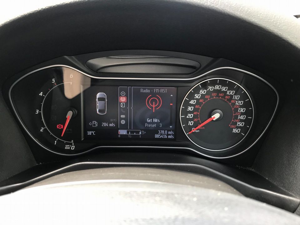 2012 Ford Mondeo 2.0 TDCi Titanium 5dr - Picture 22 of 34