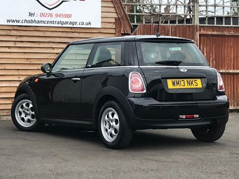 2013 MINI Hatch 1.6 First 3dr - Picture 9 of 30