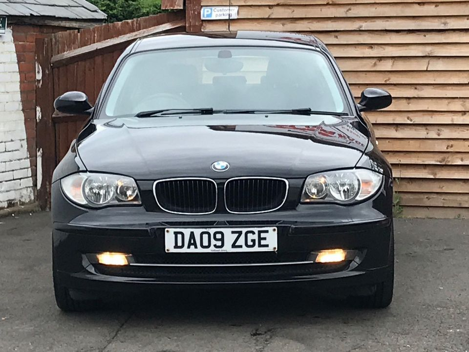 2009 BMW 1 Series 2.0 116d Sport 5dr - Picture 3 of 34