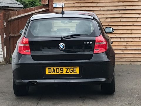 2009 BMW 1 Series 2.0 116d Sport 5dr - Picture 7 of 34