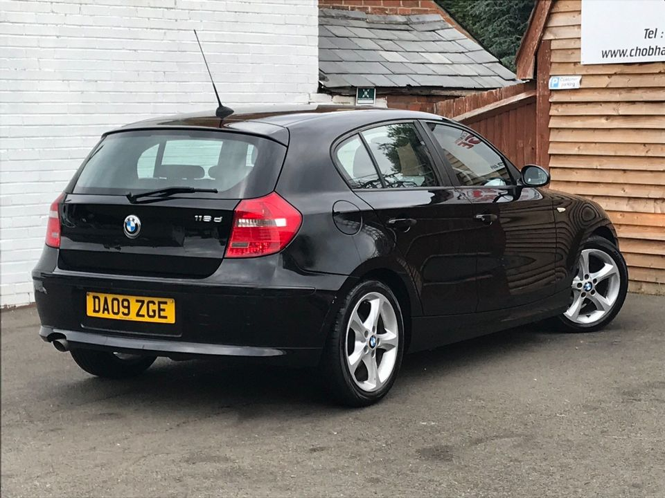 2009 BMW 1 Series 2.0 116d Sport 5dr - Picture 9 of 34