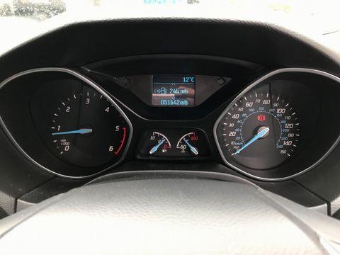 2013 Ford Focus 1.6 TDCi Zetec 5dr - Picture 24 of 33