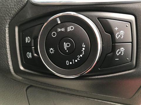 2013 Ford Focus 1.6 TDCi Zetec 5dr - Picture 28 of 33