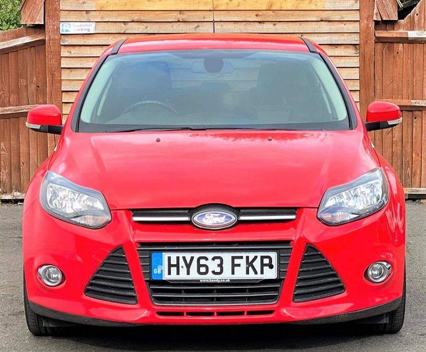 2013 Ford Focus 1.6 TDCi Zetec 5dr - Picture 3 of 33