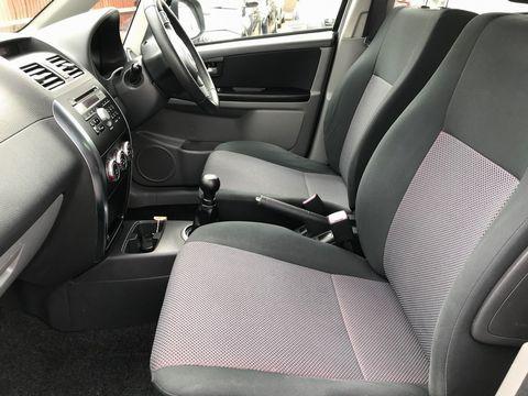 2008 Suzuki SX4 1.6 GLX 5dr - Picture 15 of 34