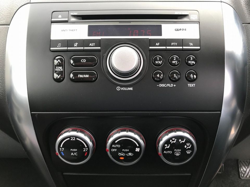 2008 Suzuki SX4 1.6 GLX 5dr - Picture 23 of 34