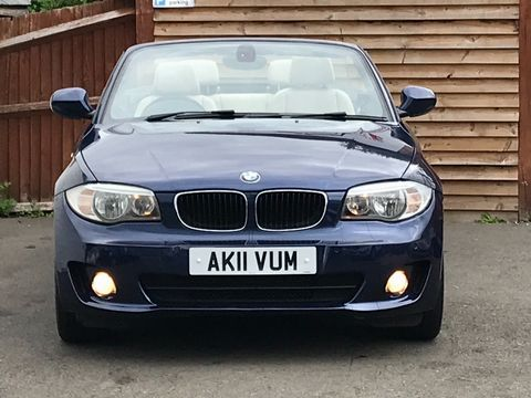 2011 BMW 1 Series 2.0 118d Sport 2dr - Picture 11 of 39