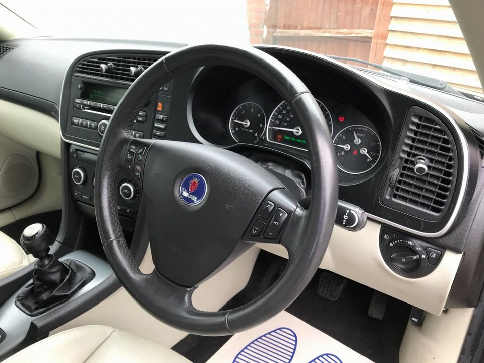 2011 Saab 9-3 1.9 TTiD Turbo Edition 4dr - Picture 12 of 37