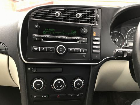 2011 Saab 9-3 1.9 TTiD Turbo Edition 4dr - Picture 21 of 37