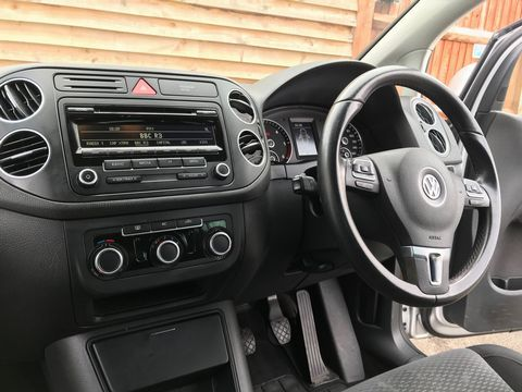 2011 Volkswagen Golf Plus 1.6 TDI CR SE 5dr - Picture 13 of 34
