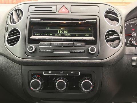 2011 Volkswagen Golf Plus 1.6 TDI CR SE 5dr - Picture 20 of 34