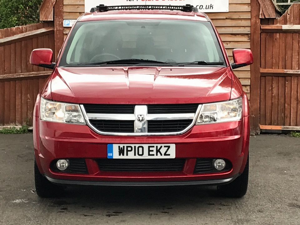 2010 Dodge Journey 2.0 CRD RT 5dr - Picture 2 of 15