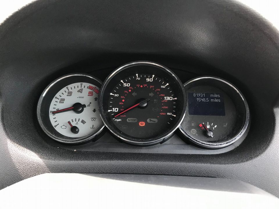 2011 Renault Megane 1.5 dCi Dynamique TomTom Sport Tourer 5dr - Picture 26 of 36