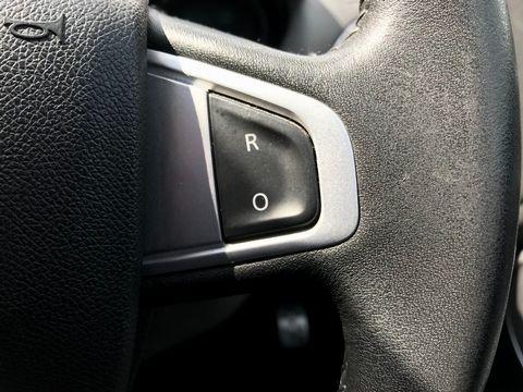 2011 Renault Megane 1.5 dCi Dynamique TomTom Sport Tourer 5dr - Picture 28 of 36