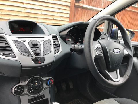 2009 Ford Fiesta 1.4 TDCi Style + 5dr - Picture 12 of 26