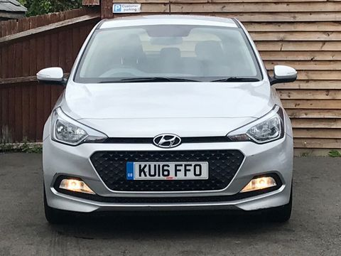 2016 Hyundai i20 1.2 Blue Drive S (s/s) 5dr - Picture 4 of 30