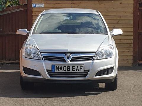 2008 Vauxhall Astra 1.8 i 16v Life Hatchback 5dr Petrol Automatic (187 g/km, 138 bhp) - Picture 5 of 20