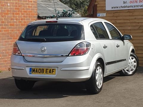 2008 Vauxhall Astra 1.8 i 16v Life Hatchback 5dr Petrol Automatic (187 g/km, 138 bhp) - Picture 8 of 20