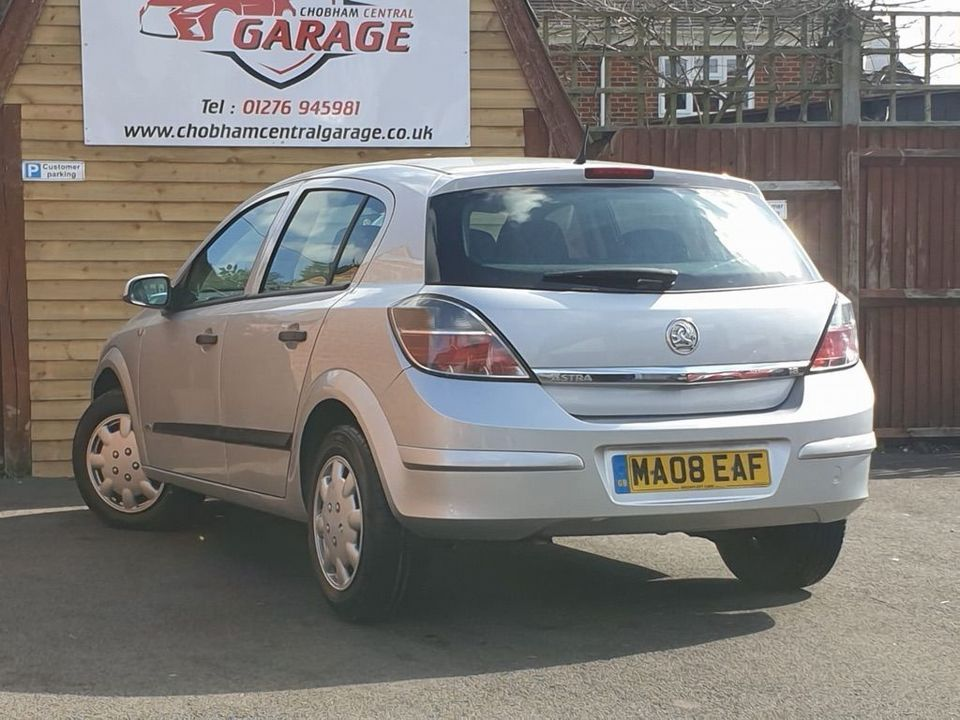 2008 Vauxhall Astra 1.8 i 16v Life Hatchback 5dr Petrol Automatic (187 g/km, 138 bhp) - Picture 9 of 21