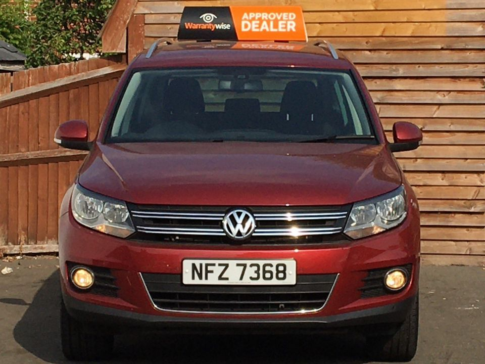 2013 Volkswagen Tiguan 2.0 TDI BlueMotion Tech SE 2WD (s/s) 5dr - Picture 3 of 40