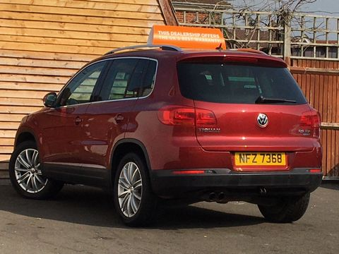 2013 Volkswagen Tiguan 2.0 TDI BlueMotion Tech SE 2WD (s/s) 5dr - Picture 5 of 40
