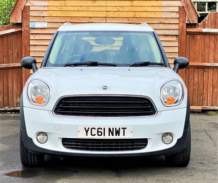 2011 MINI Countryman 1.6 One 5dr - Picture 2 of 16