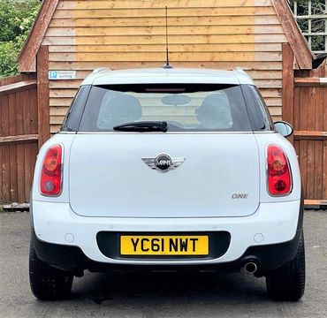 2011 MINI Countryman 1.6 One 5dr - Picture 3 of 16
